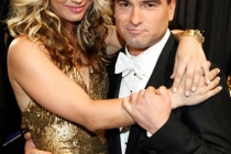 Actors Kaley Cuoco and Johnny Galecki