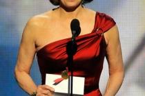 Presenter Sigourney Weaver