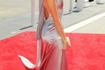 Actress Sarah Hyland arrives at the 62nd Annual Primetime Emmy Awards held at the Nokia Theatre