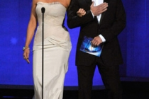 Actors Mariska Hargitay (L) and Christopher Meloni present an award onstage at the 62nd Annual Primetime Emmy Awards