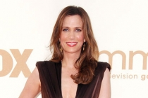 Kristen Wiig arrives at the Academy of Television Arts & Sciences 63rd Primetime Emmy Awards