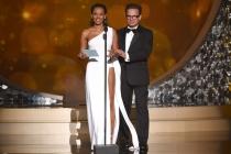 Mel B. and Peter Scolari present at the 2016 Creative Arts Emmys.