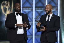 Robert Glasper and Common accept their award at the 2017 Creative Arts Emmys.