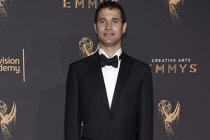 Ramin Djawadi on the red carpet at the 2017 Creative Arts Emmys.