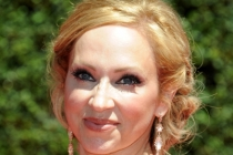 Leigh-Allyn Baker of Dog with a Blog arrives for the 2014 Primetime Creative Arts Emmys.