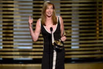 Allison Janney accepts the award for Outstanding Guest Actress for her work on Masters of Sex.