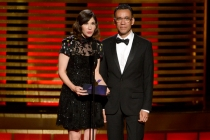 Presenters Carrie Brownstein and Fred Armisen at the 2014 Primetime Creative Arts Emmys.