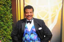 Neil deGrasse Tyson on the red carpet at the 2015 Creative Arts Emmys.