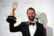 Dustin O'Halloran backstage at the 2015 Creative Arts Emmys.