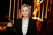 Jane Lynch backstage at the 2015 Creative Arts Emmys.