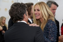 Mark Ruffalo (l) and Julia Roberts of The Normal Heart at the 66th Emmy Awards.