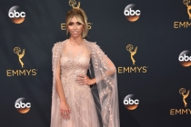 Giuliana Rancic on the red carpet at the 2016 Primetime Emmys.