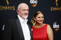 Jonathan Banks and Gennera Banks on the red carpet at the 2016 Primetime Emmys.