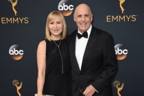 Kasia Ostlun and Jeffrey Tambor on the red carpet at the 2016 Primetime Emmys.