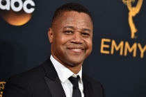 Cuba Gooding Jr. on the red carpet at the 2016 Primetime Emmys.