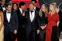 The team for The Voice accepts their award at the 2016 Primerime Emmys.