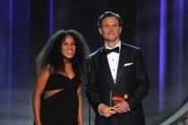 Kerry Washington and Tony Goldwyn present an award at the 2016 Primetime Emmys.