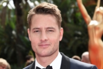 Justin Hartley on the red carpet at the 2017 Primetime Emmys.