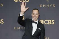 Tony Hale on the red carpet at the 2017 Primetime Emmys.