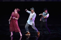 """Television Academy governor Mandy Moore dances with Rich+Tone Taladuega at """"Whose Dance Is It Anyway?"""" February 16, 2017 at the Saban Media Center in North Nollywood, California."""