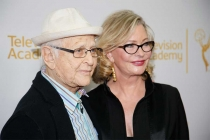 Norman and Lyn Lear on the red carpet at An Evening with Norman Lear at the Montalban Theater in Hollywood.